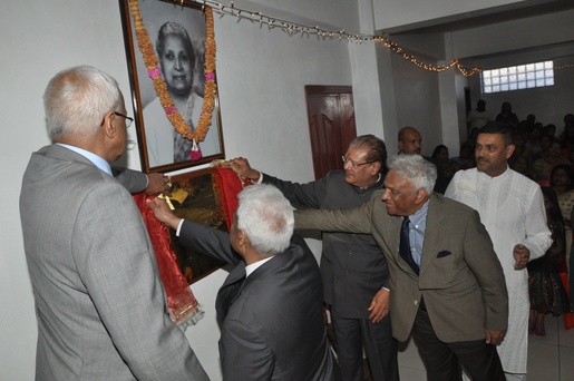 Commemorative Plaque Unveil 13